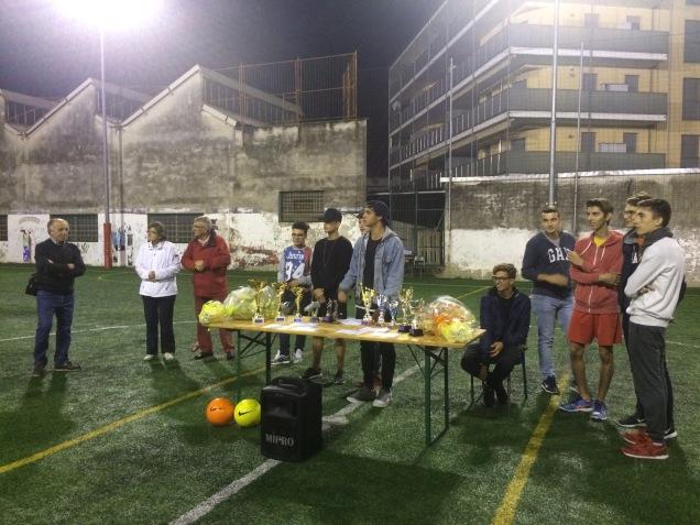 Premiazioni del torneo di calcio